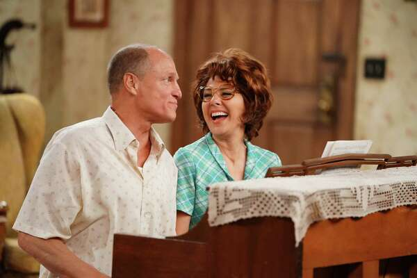"Woody Harrelson and Marisa Tomei star as Archie and Edith Bunker in Wednesday night's ABC special, ""Live in Front of a Studio Audience: Norman Lear's 'All in the Family' and 'The Jeffersons.' """