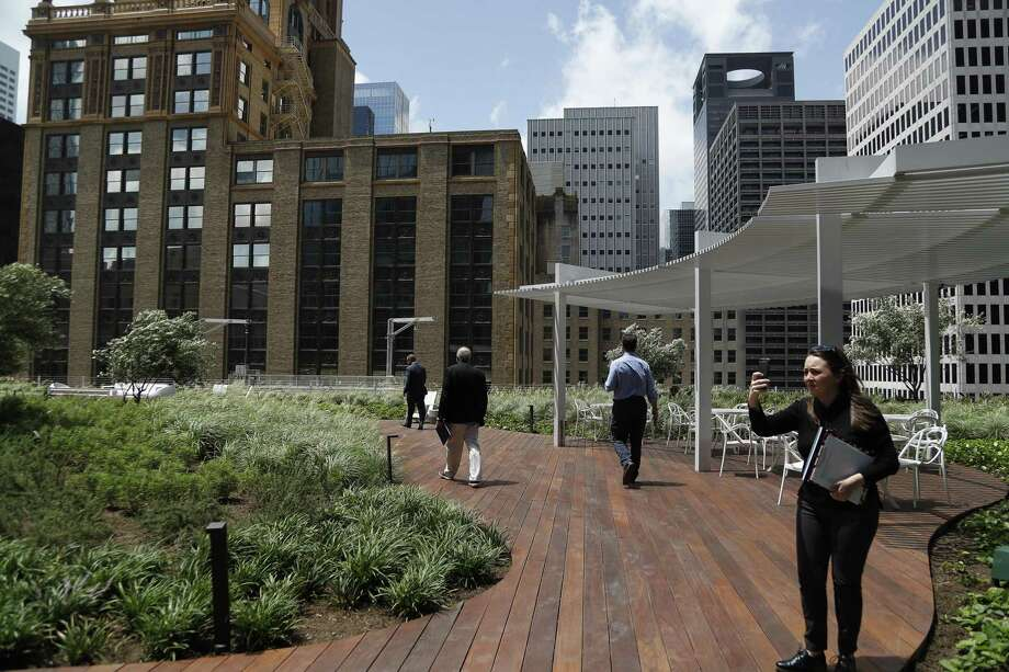 The outdoor area on the 12th floor of the Bank of America Tower, Wednesday, May 22, 2019. The Bank of America Tower, a 35-story office building and a development of Skanska in downtown, has been under construction for the last two years at 800 Capitol St. Photo: Karen Warren, Houston Chronicle / Staff Photographer / © 2019 Houston Chronicle