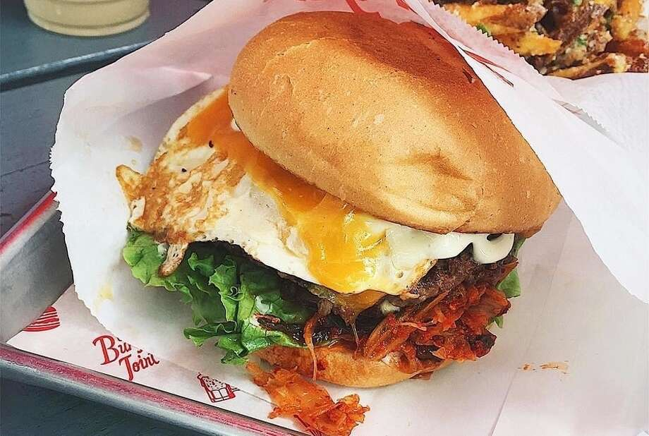Kimchi burger. | Photo: The Burger Joint/Facebook