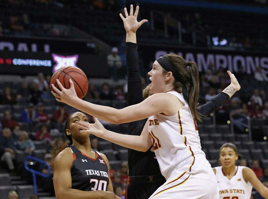 Former Iowa State standout and Connecticut Sun rookie Bridget Carleton, right, has impressed her coaches and teammates in the early part of the season. Photo: Associated Press File Photo / AP2016