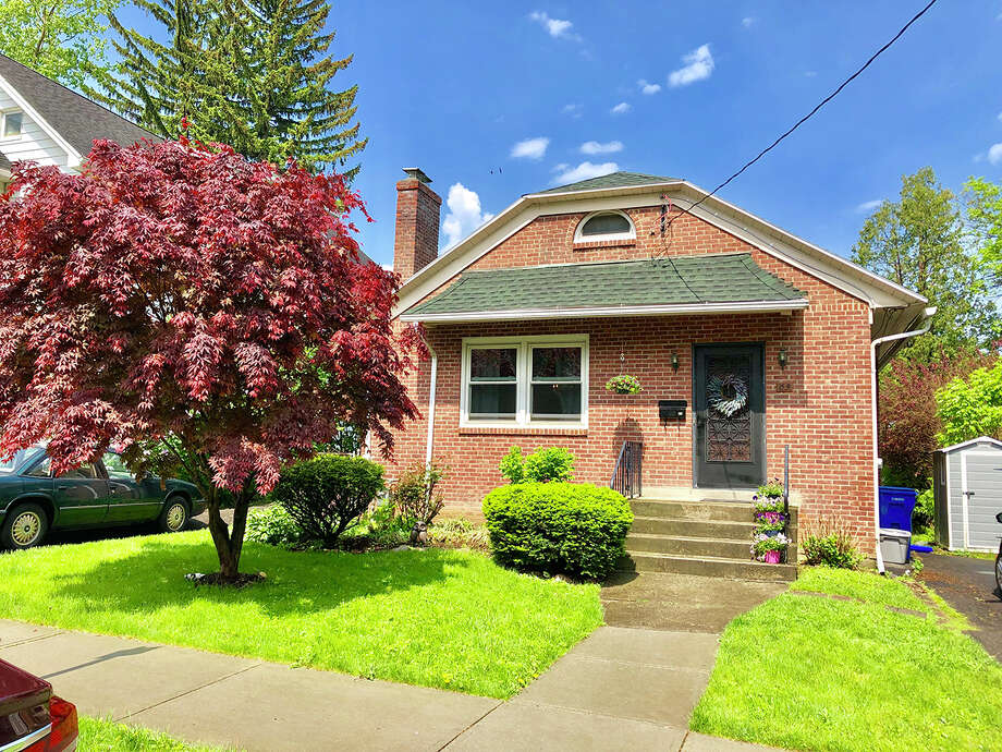 House of the Week: 63 Norwood Ave., Albany | Realtor: Jennifer Gras of Howard Hanna Real Estate Services | Discuss: Talk about this house Photo: Jennifer Gras / Howard Hanna Real Estate Services