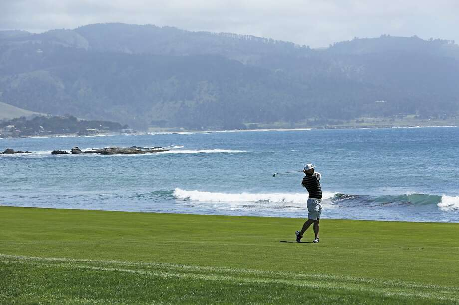 Hole 18 at Pebble Beach Golf Links. Photo: Santiago Mejia / The Chronicle