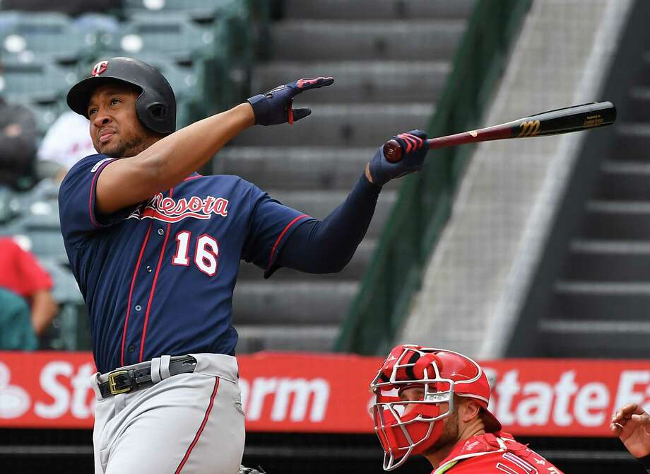 ANAHEIM, CA - MAY 23: Jonathan Schoop #16 of the Minnesota Twins hits a three run home run in the second inning of the game off of starting pitcher Matt Harvey #33 of the Los Angeles Angels of Anaheim at Angel Stadium of Anaheim on May 23, 2019 in Anaheim, California. (Photo by Jayne Kamin-Oncea/Getty Images) Photo: Jayne Kamin-Oncea / 2019 Getty Images