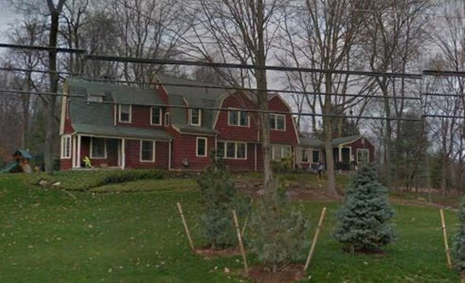 8 Linda Lane in Westport sold for $1,575,000. Photo: Google Street View