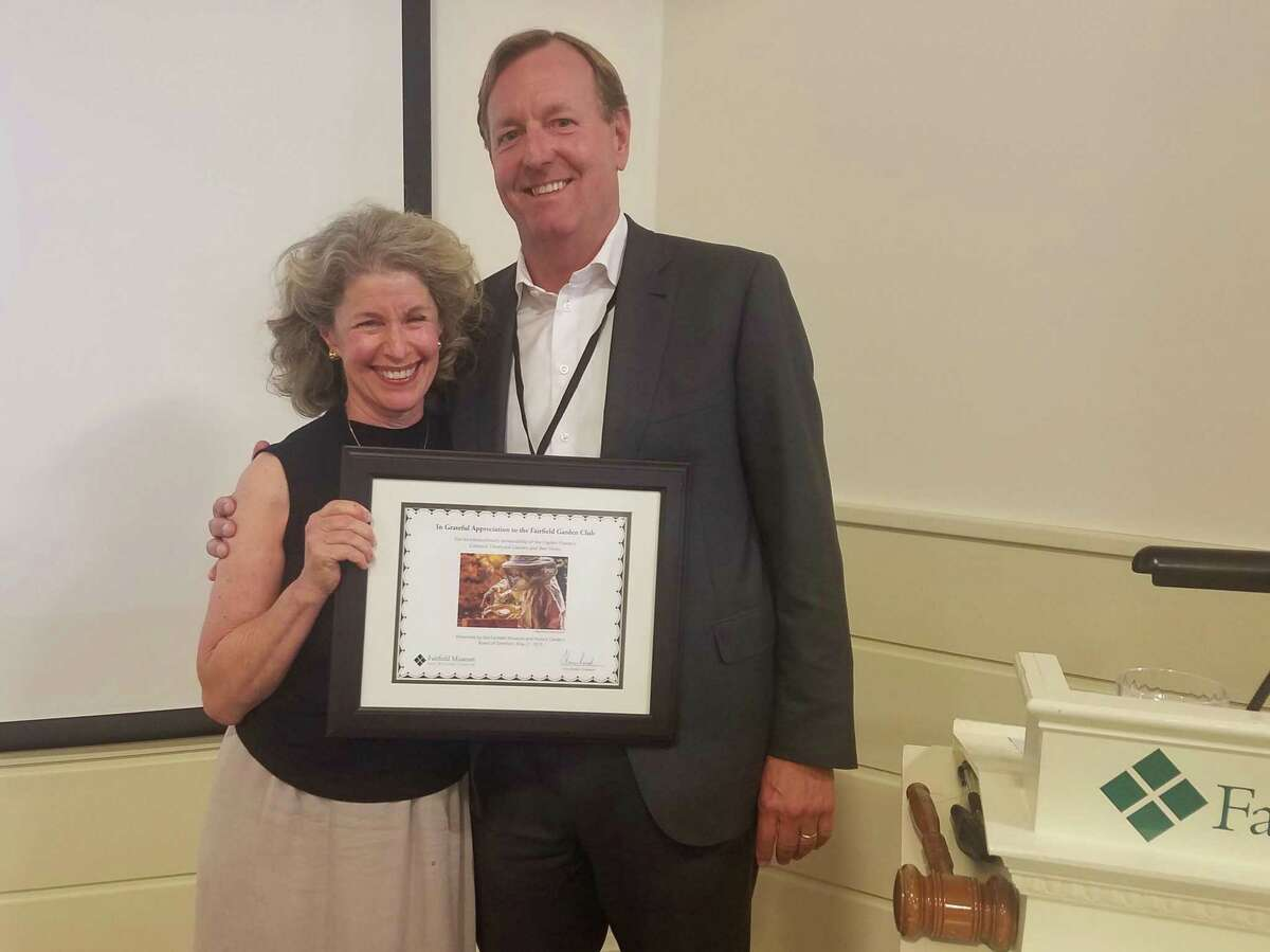 Whitney Vose of the Garden Club with Tom Kreitler, president of the Fairfield Museum Board of Directors.