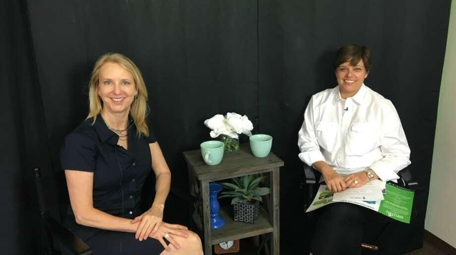 Randi Silverman, the CEO and co-founder of The Youth Mental Health Project with Straight Talk host, Tracey Masella.