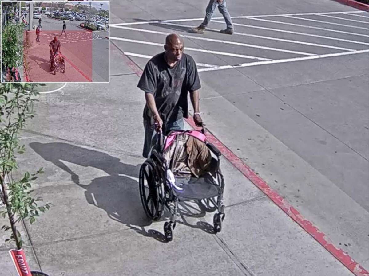 Video shows a man sucker punch an elderly woman outside a Houston H-E-B on March 8, 2019. Anyone with information is urged to call Houston Crime Stoppers at 713-222-TIPS (8477).