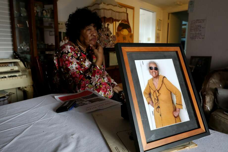 102-year-old Thelma Smith, shown in photo right, is being evicted from her Ladera Heights residence of 30 years. Her longtime neighbor Pauline Cooper, left, spoke about her friend's situation. She has until June 30, 2019, to move out. in Los Angeles, Calif., on May 22, 2019. (Gary Coronado / Los Angeles Times/TNS) Photo: Gary Coronado/TNS