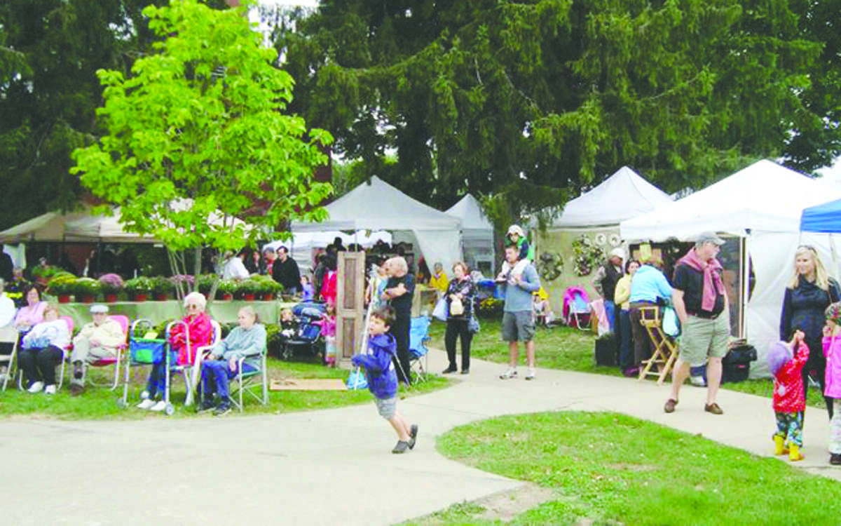 File photo of a past Trumbull Arts Festival