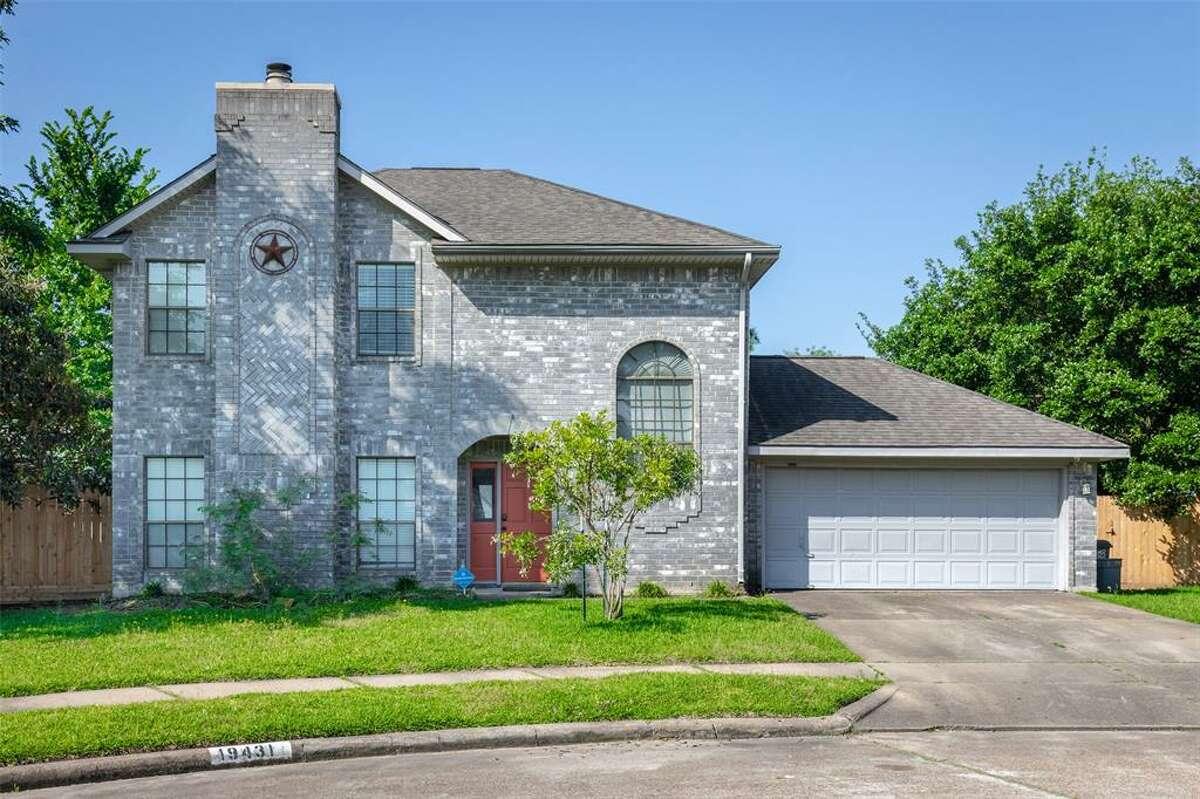 Katy - North19431 Bristlestar Drive, Katy / $180,000Zoned to:8School Rating:Rhoads ElementaryNeighborhood Median Home Value:$191,000