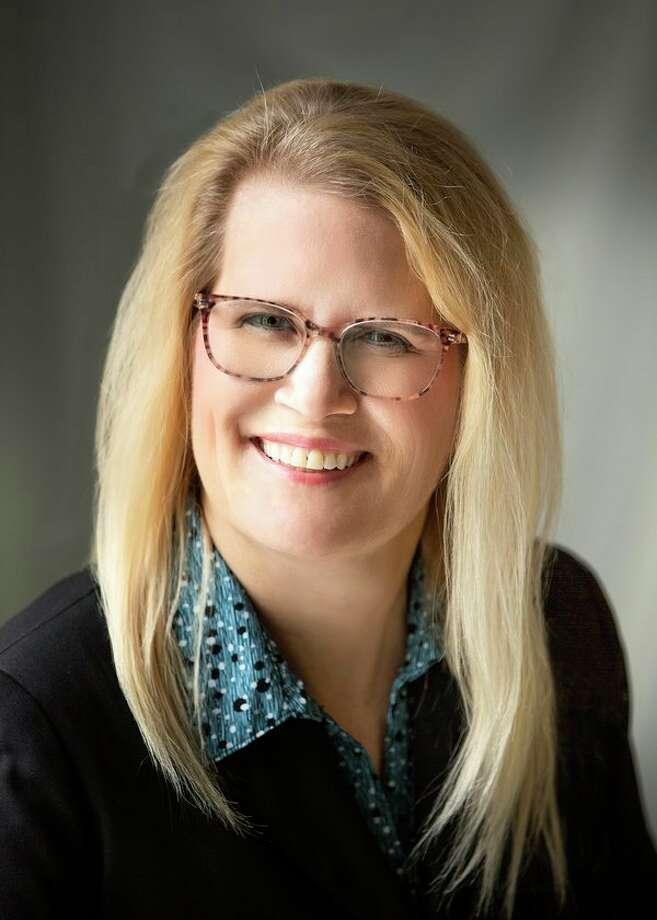 Angela Hine
