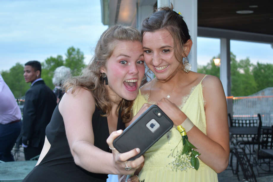 Washington's Shepaug Valley School held its prom at Fairview Farms in Harwinton, Ct on May 25, 2019. Were you SEEN? Photo: Lara Green- Kazlauskas/ Hearst Media