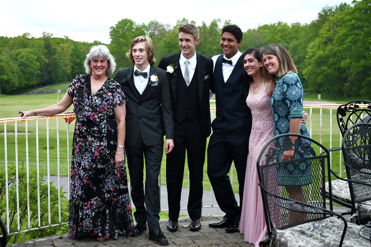 Washington's Shepaug Valley School held its prom at Fairview Farms in Harwinton, Ct on May 25, 2019. Were you SEEN?
