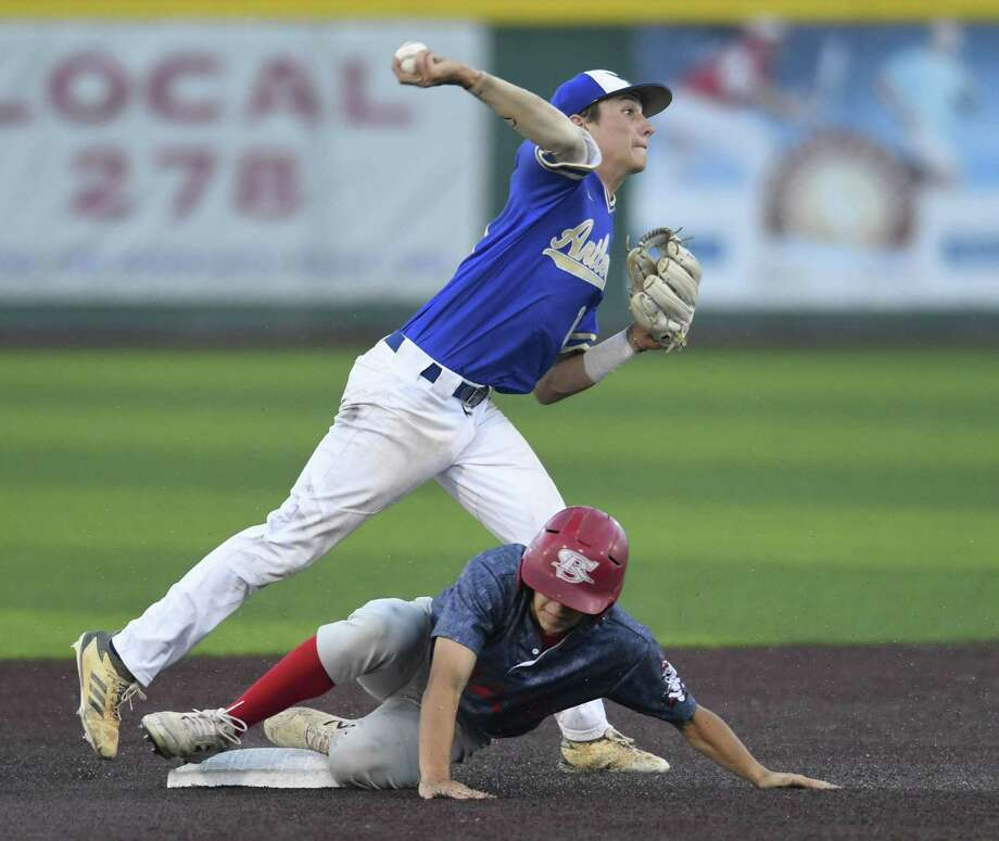 Kerrville Tivy's Stoney Rhodes turns a double play as Jose Garcia of Mission Sharyland slides in during Game 3 of the Class 5A Regional Semifinal in Corpus Christi on Friday, May 24, 2019. Photo: Billy Calzada, Staff / Staff Photographer / Billy Calzada