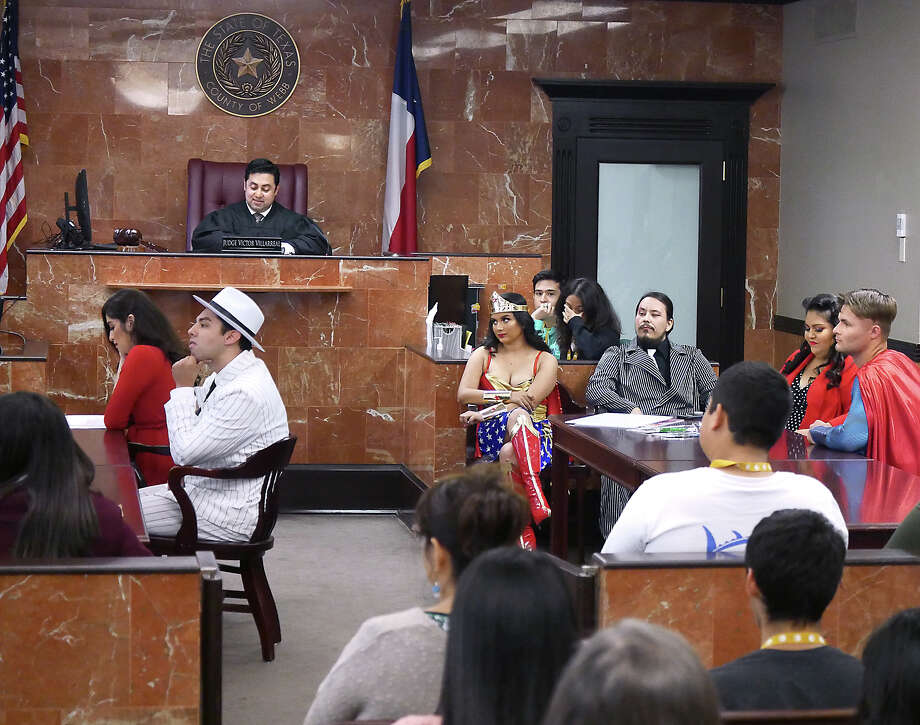 The Webb County Court-at-Law II Access to Justice: Class in the Courtroom mock trial series continued as Judge Victor Villarreal hosted the mock trial – State vs. Soup R. Mann on Friday in his courtroom. Students from Alexander and St. Augustine high schools participated in the event. Photo: Cuate Santos/Laredo Morning Times