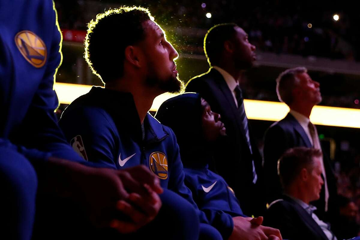 Warriors' Klay Thompson waits to be introduced at Oracle Arena in Oakland, March 10, 2019.