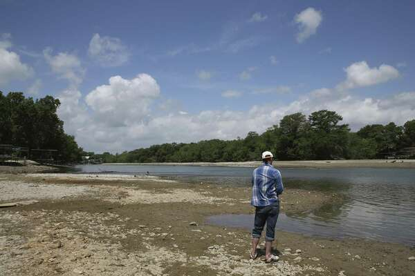 Lakefront property owners want their lake back and Dunlap