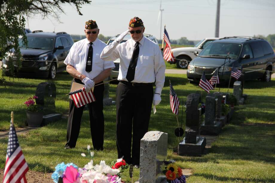 The Elkton Riverside Cemetery Memorial Day service took place on Monday. Photo: Andrew Mullin/Huron Daily Tribune