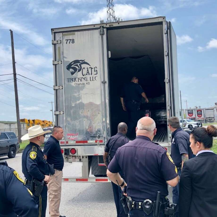 While on patrol Monday, a Bexar County Sheriff's deputy discovered 11 undocumented immigrants believed to be victims of a human trafficking ring. Photo: Bexar County Sheriff's Office