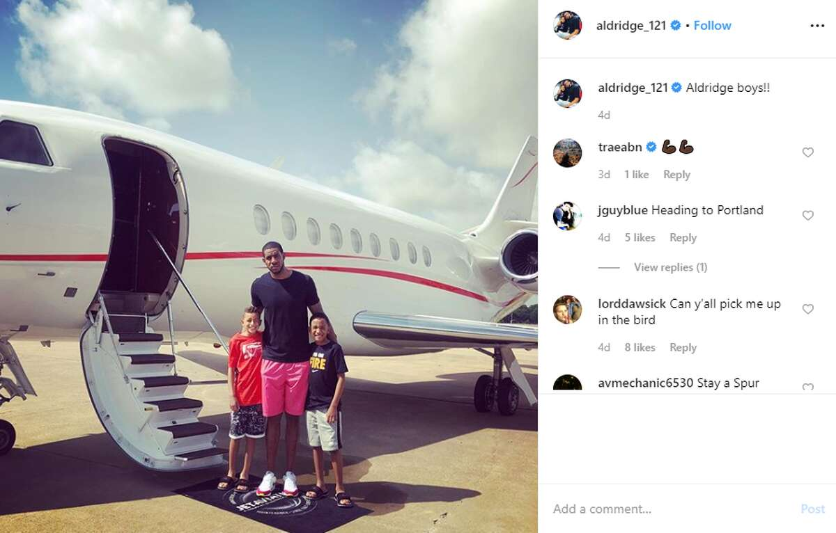 LaMarcus Aldridge jetted off with family aldridge1_121: Aldridge boys!!!