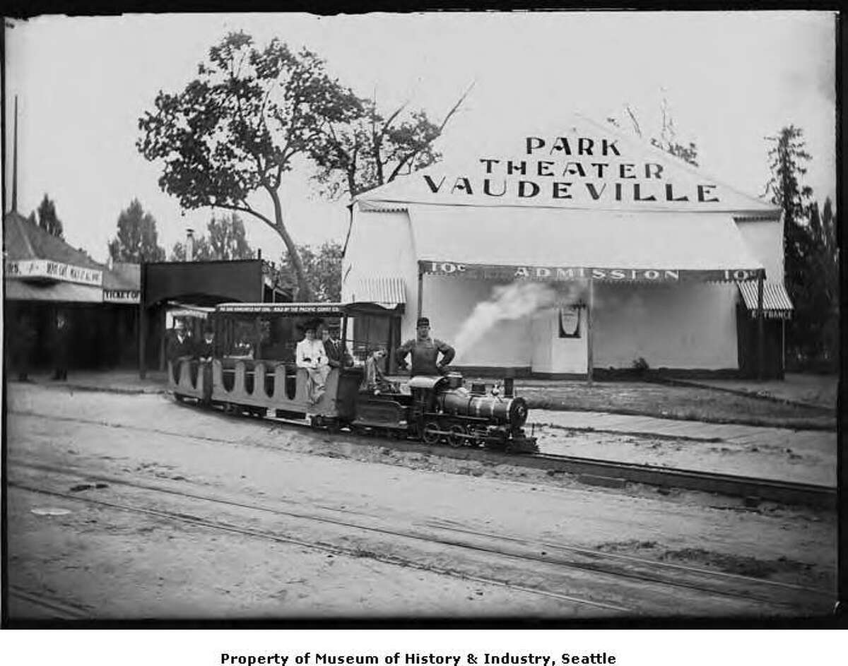 An amusement park known as White City operated in Madison Park between 1910 and 1912. One of its attractions was a miniature train called the Lake Shore Railway, enjoyed by children and adults alike. (MOHAI caption)