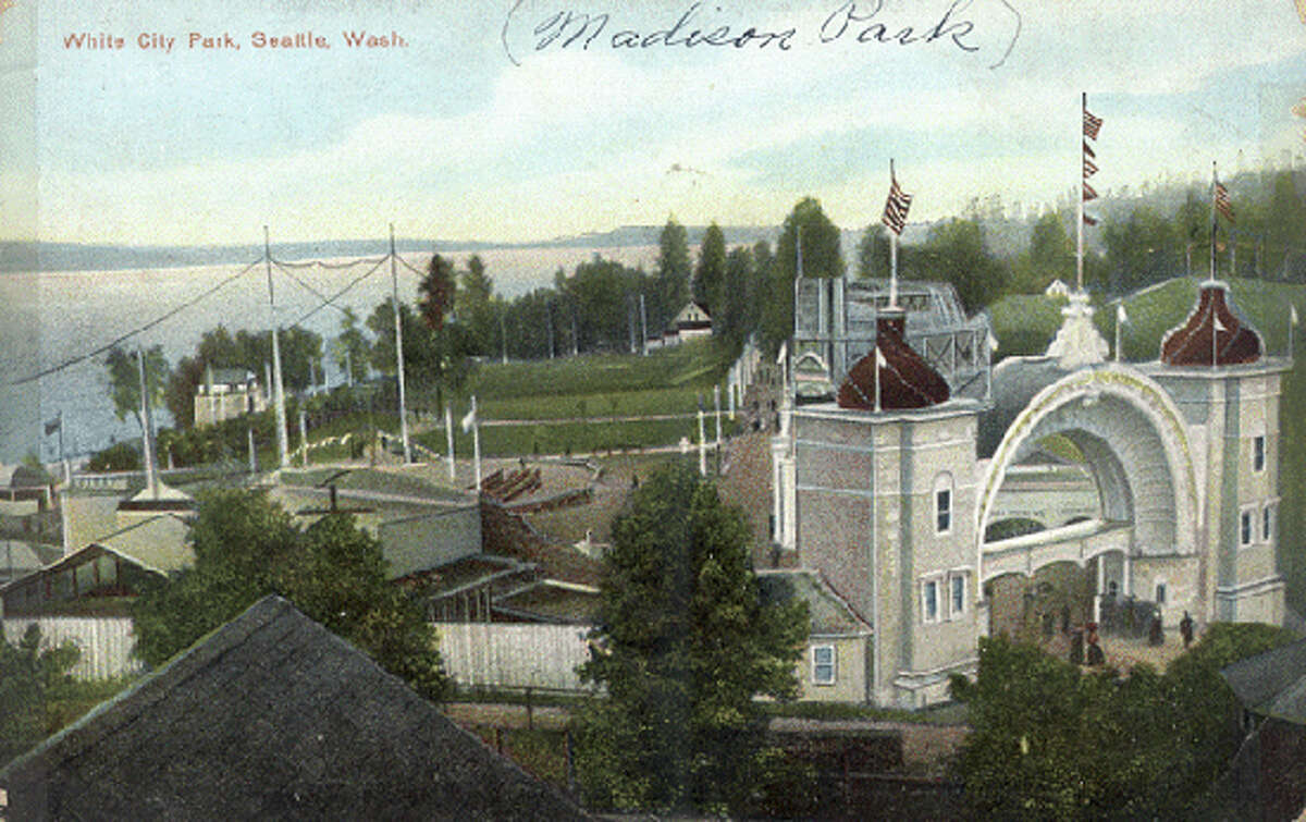 A postcard showing White City, Madison Park in 1909.