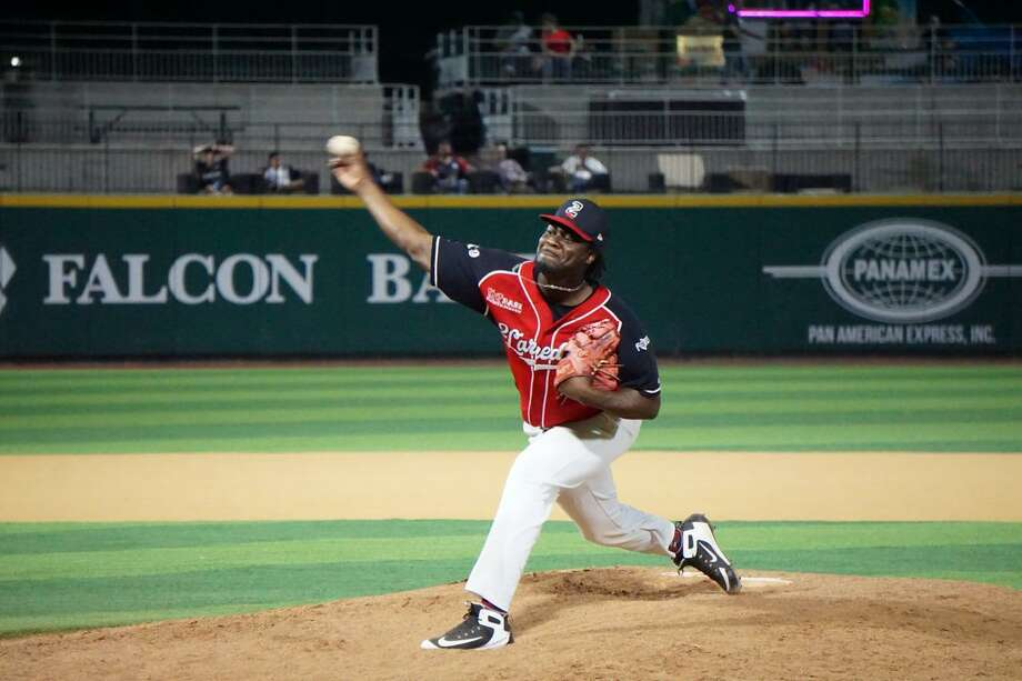 Roman Mendez earned his league-leading 32nd save Wednesday as the Tecolotes won 5-2 on the road over the Saraperos. Photo: Courtesy Of TheTecolotes Dos Laredos / File
