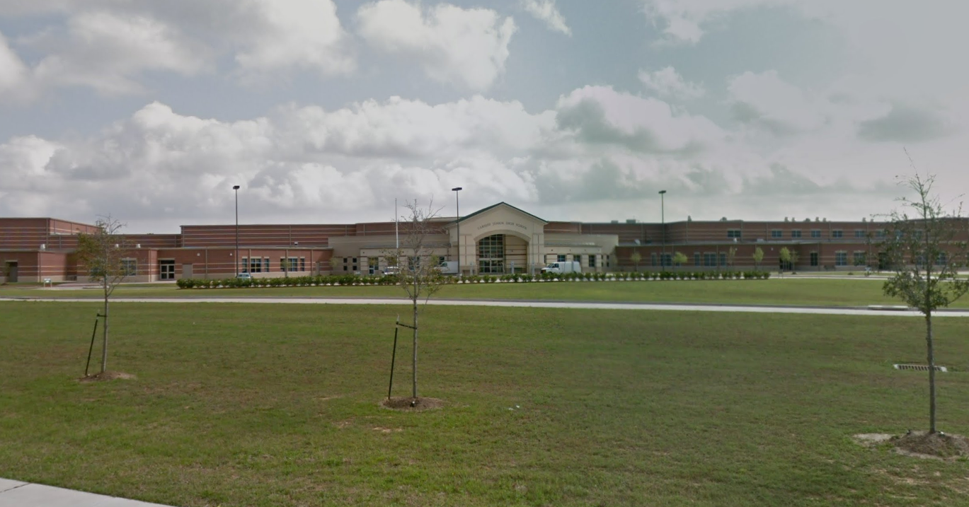 Man Fatally Shot While Walking With Family Members Near Houston Area Middle School Houston