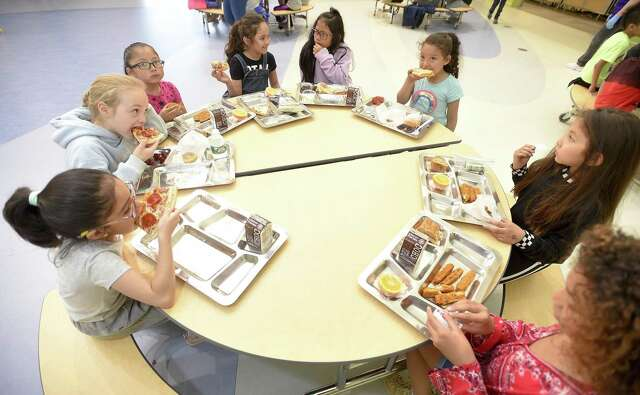 Huffman ISD offers free summer meals for children in district