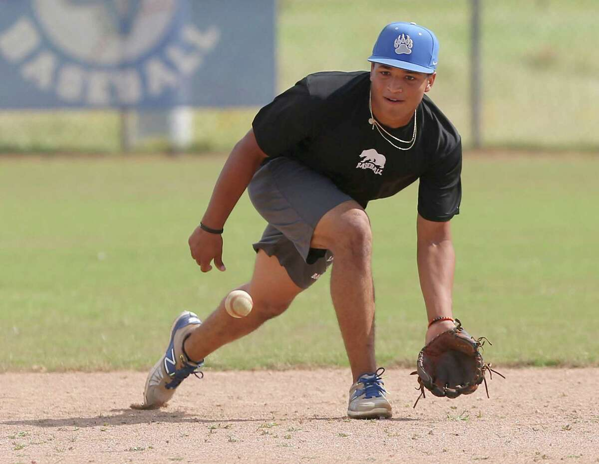 La Vernia baseball player Clayton Chadwick gets ready Tuesday, May 28, 2019 to grab a ground ball during fielding drills at the team's baseball field. La Vernia plays in the regional finals against Liberty Hill on June 1.