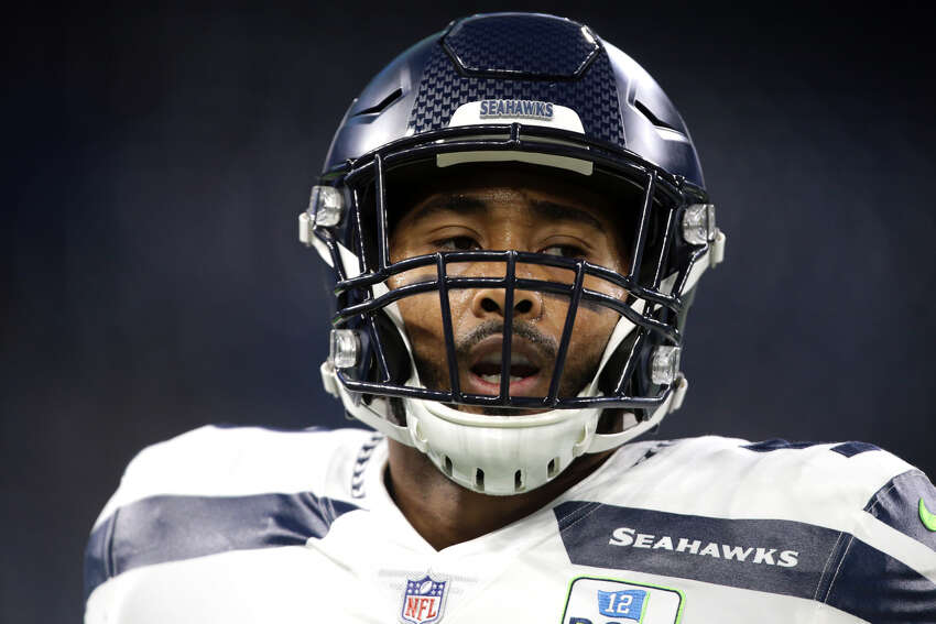 WRIGHT HAPPY TO STAY IN SEATTLE Seahawks linebacker K.J. Wright was quite frank when addressing what he really thought about his chances of returning to Seattle in free agency.