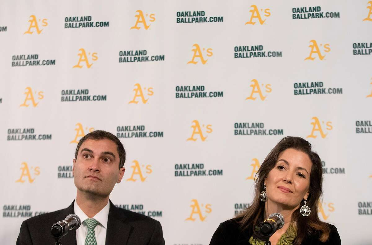 A's President Dave Kaval (left) and Oakland Mayor Libby Schaaf take questions during a press conference in 2018.