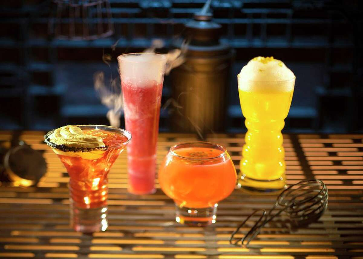 Drinks that can be found at Oga's Cantina include The Outer Rim, Bespin Fizz, Yub Nub and Fuzzy Tauntaun.