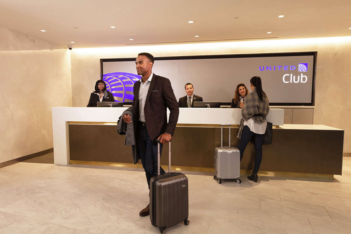 Entrance to the new United Club in LaGuardia's Terminal B Eastern Concourse.