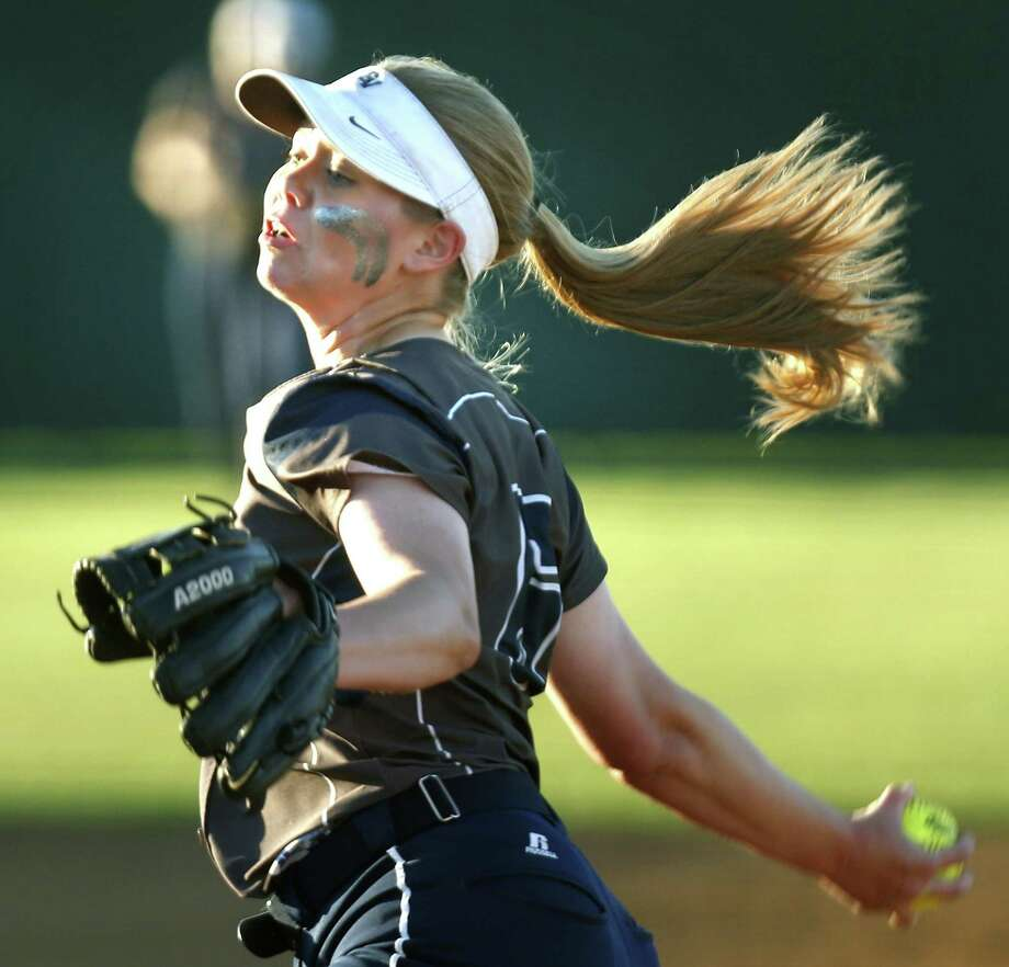 Smithson Valley pitcher Presley Smith delivers a pitch from District 26-6A high school softball game betwen Judson and Smithson Valley on Tuesday April 9 , 2019. Photo: Ronald Cortes/Contributor / 2019 Ronald Cortes