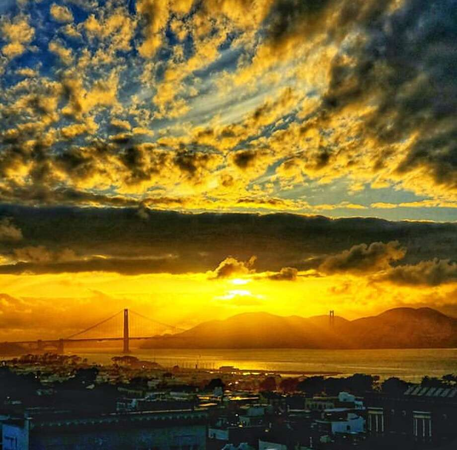 @stuinsf had a beautiful view of Mother Nature doing her thing. Photo: Instagram / Stuinsf