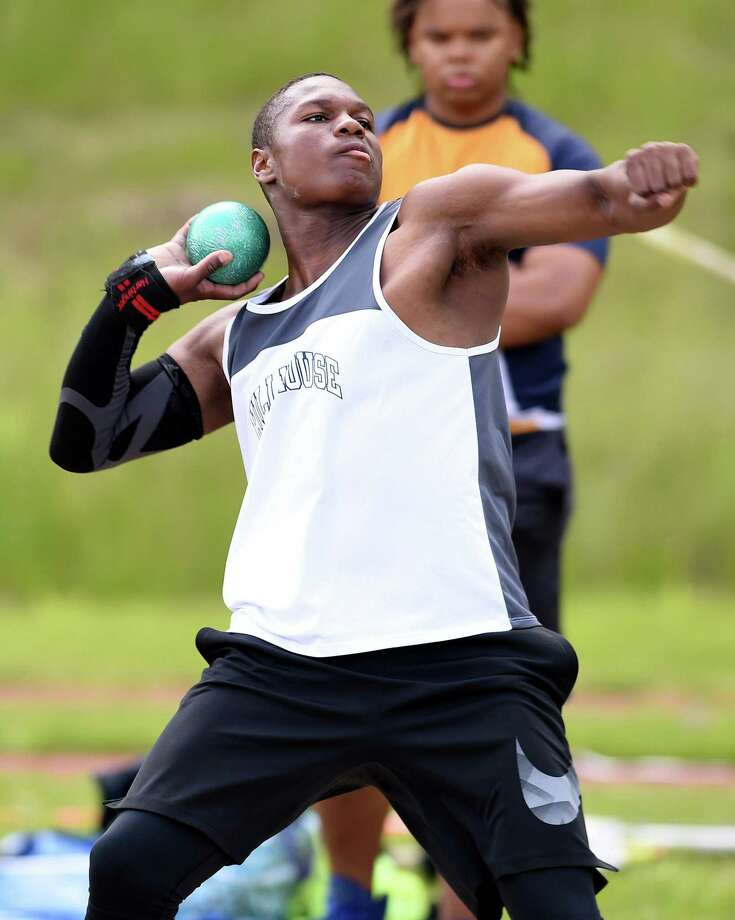 Gary Moore, Jr., of Hillhouse throws the shot put in the CIAC Class MM Outdoor Track & Field Championship at Middletown High School on May 29, 2019. Photo: Arnold Gold / Hearst Connecticut Media / New Haven Register