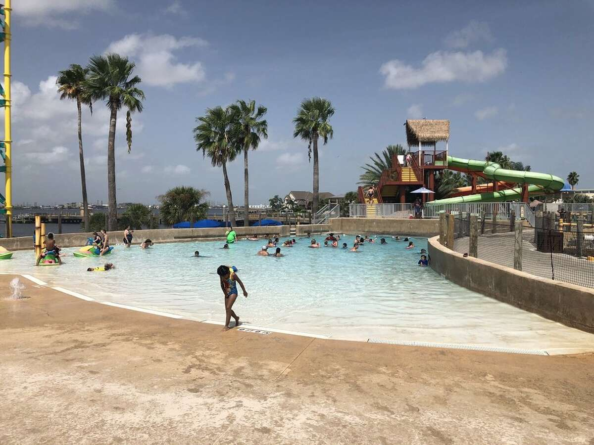 The Moody Gardens hotel is connected to the famous educational facility and nearby golf course, so there's something for everyone.