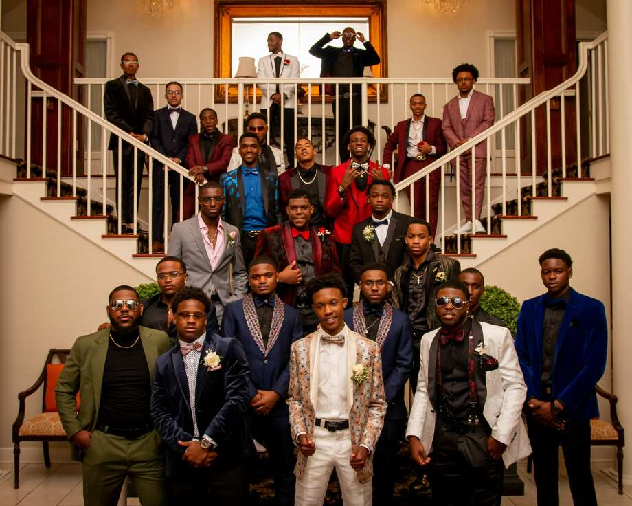 New Haven's Hillhouse High School held its prom on May 30, 2019 at the Woodwinds in Branford. Were you SEEN? Photo: Shaleah Williams - Eighty7Pixels