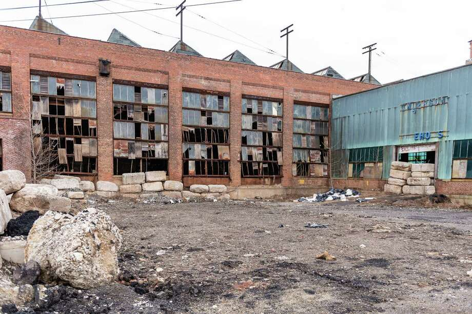 The former Anaconda American Brass complex in Waterbury sits vacant and run down along Freight Street, during a tour of the various brownfield sites in and around Waterbury on March 21, 2019. Photo: Bill Shettle / Republican-American / Republic-American