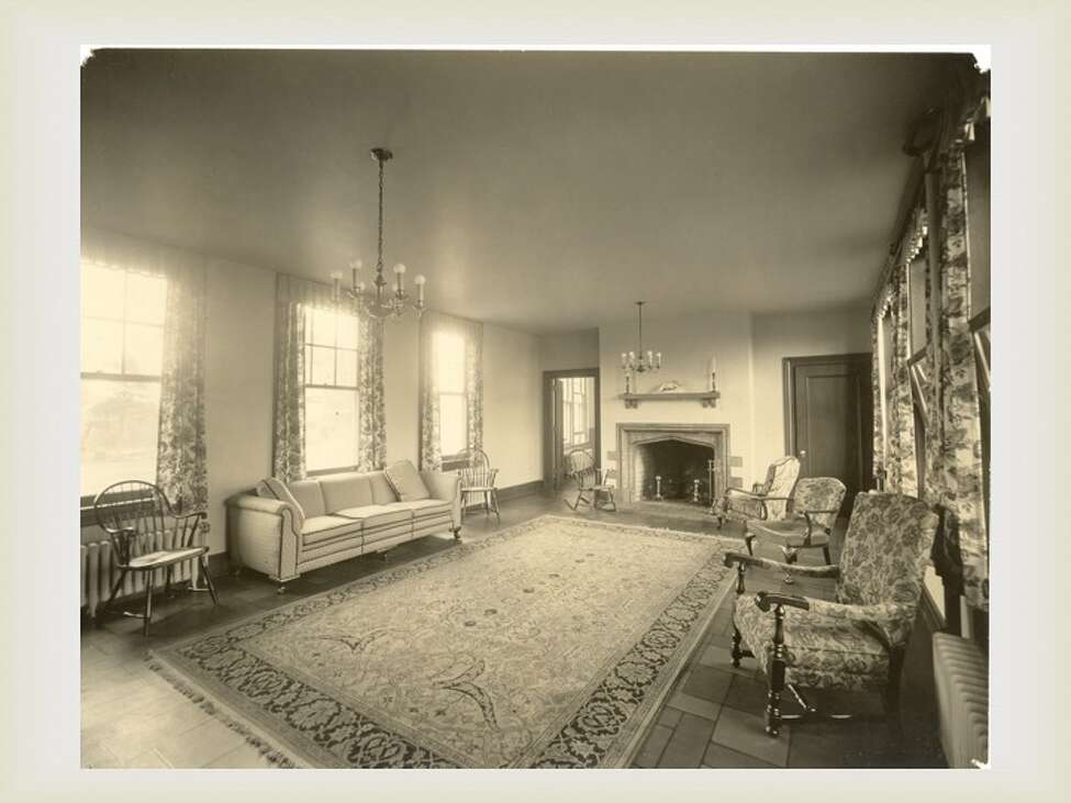 A drawing room at The Homestead where visitors met with patients. (Saratoga County Historian)