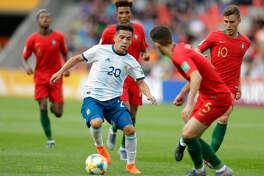 Ezequiel Barco, durante la victoria de Argentina sobre Portugal en el Mundial Juvenil de la FIFA que se disputa en Polonia.