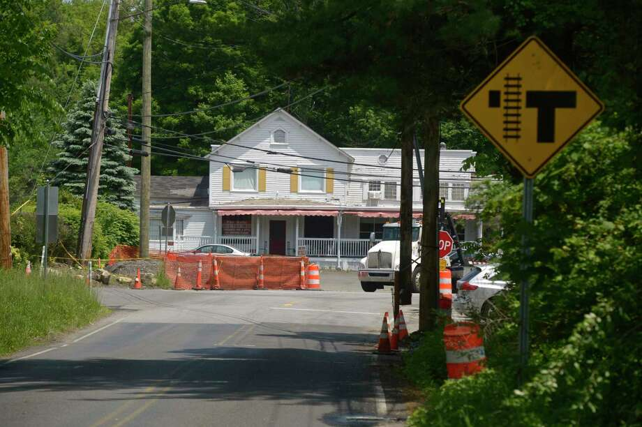 Improvements are being made to the Long Ridge Road railroad crossing. The plans include realigning Side Cut Road, Long Ridge Road and Simpaug Turnpike. Friday, May 31, 2019, in Redding, Conn. Photo: H John Voorhees III / Hearst Connecticut Media / The News-Times