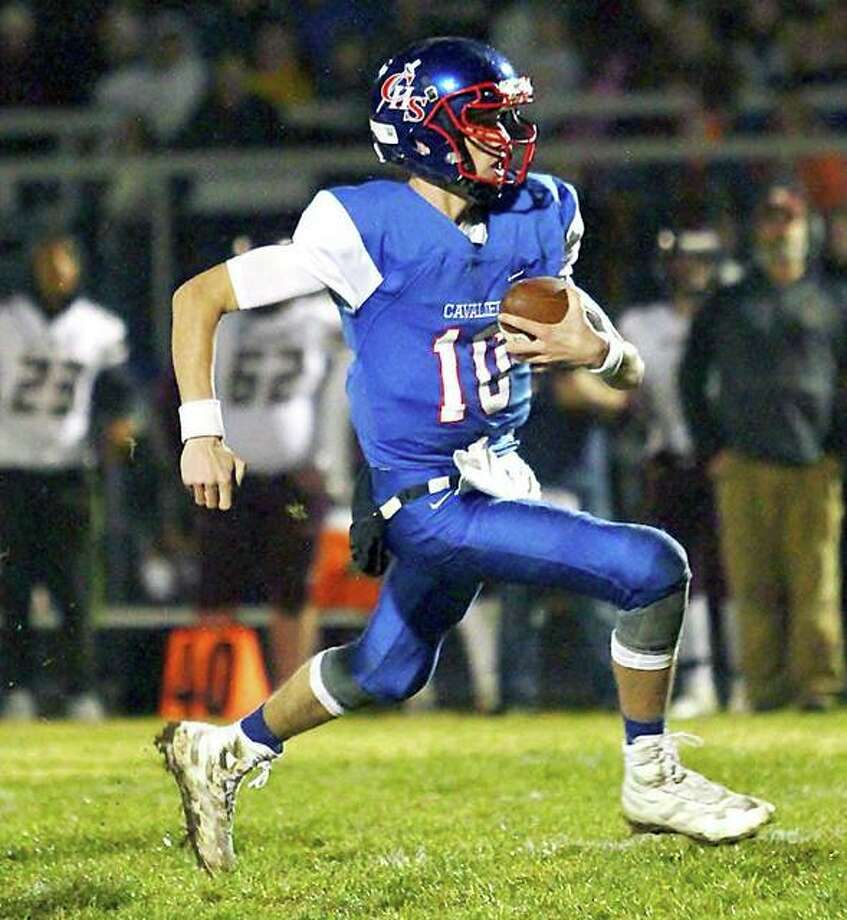Carlinville quarterback Jarret Easterday is one of two Cavaliers selected to the 45th annual Illinois High School Shrine All-Star Football Game, set for June 15 at Illinois Wesleyan University in Bloomington. Teammate and wide receiver Kyle Dixon was also selected. Photo: Telegraph File Photo