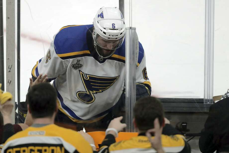Joel Edmundson and his St. Louis Blues will try to avoid the penalty trouble that plagued them in the two games in Boston. Photo: Charles Krupa / Associated Press