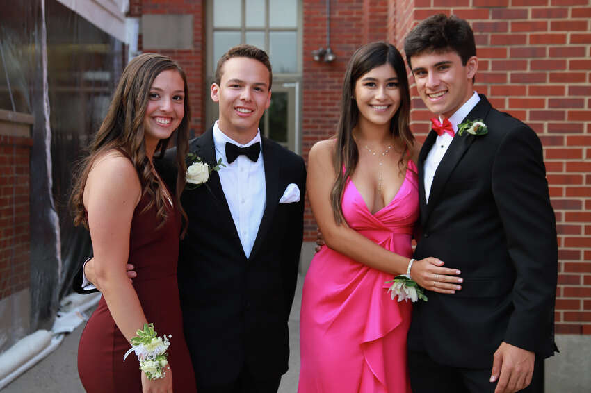 Greenwich High School prom Greenwich High School held its prom at the Greenwich Hyatt on June 1, 2019. Were you SEEN? Click here to see more photos