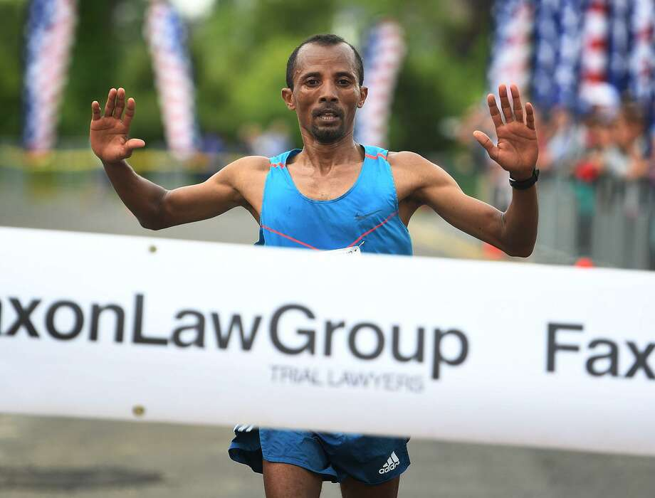 Ethiopian Kemal Birhann Dare, of New York City, won the 2019 Fairfield Half Marathon on Sunday. Photo: Brian A. Pounds / Hearst Connecticut Media / Connecticut Post