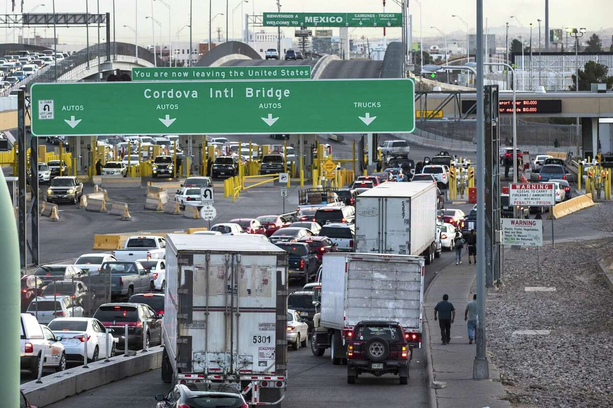 Cars and trucks line up at the checkpoint into Mexico at the Cordova International Bridge on Thursday, Feb. 1, 2018, in El Paso, Texas.