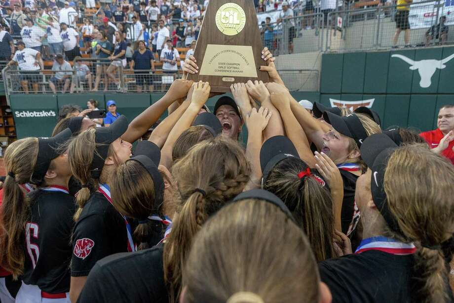 Katy celebrates a 8-2 win over Klein Collins during the UIL Class 6A state softball championship in Austin, Saturday, June 1, 2019. (Stephen Spillman / for Houston Chronicle) Photo: Stephen Spillman / Stephen Spillman / stephenspillman@me.com