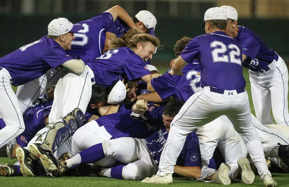 Ridge Point players celebrate after defeating Kingwood in the baseball regional final Game 2 Friday, May 31, 2019, in Houston. Photo: Steve Gonzales, Houston Chronicle / Staff Photographer / © 2019 Houston Chronicle